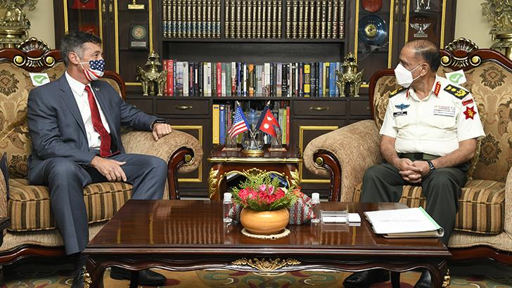 American Ambassador Calls on COAS