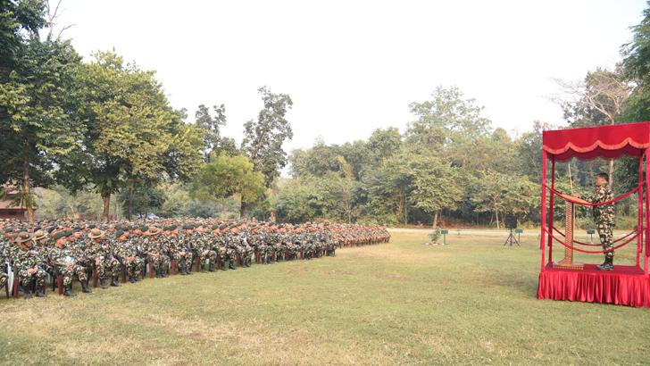nepali army न प ल स न