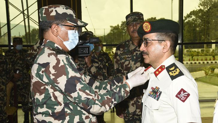COAS Confers the Rank Insignia